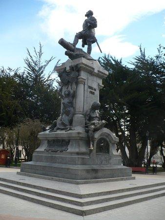 Memorial to Ferdinand Magellan: Monument to thee Portuguese Navigator Fernando de Magalhaes