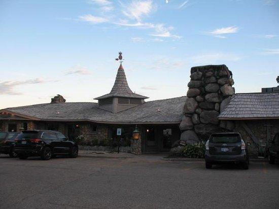 Weathervane Terrace Inn and Suites : Mushroom style