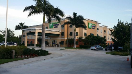 The Holiday Inn Express & Suites Marathon: My home away from home