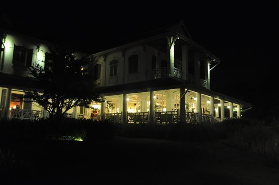 The Luang Say Residence: The main house at night