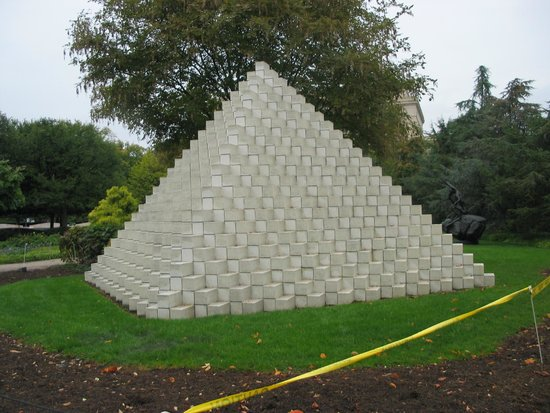 National Gallery Of Art   Sculpture Garden: Sculpture Garden   Pyramid  Sculpture