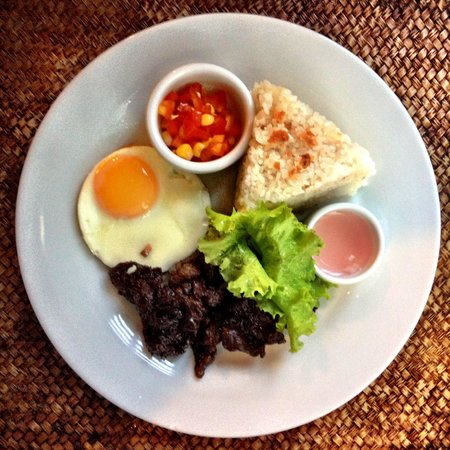 T House Tagaytay: Smoked Beef Tapa