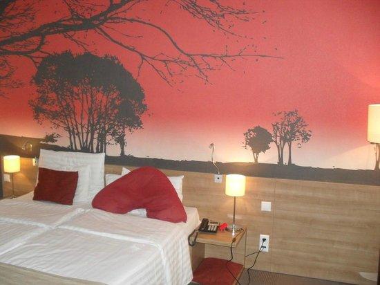 Expo Congress Hotel: Room