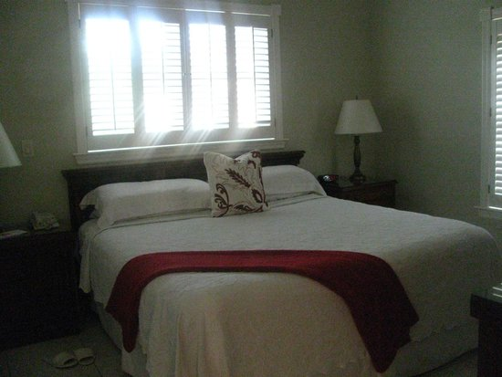 Royal West Indies Resort: The king bedroom in the 2 bedroom suite at RWI resort