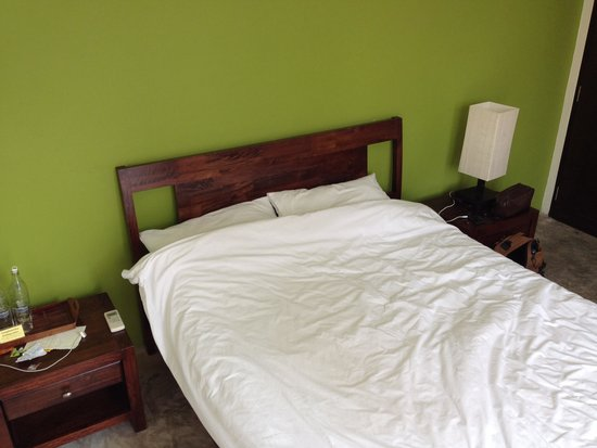 Udee Bangkok Hostel : Double bed in room 201