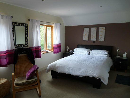 Cherry Trees Bed and Breakfast: Bedroom