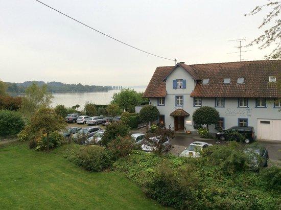 Pilgerhof und Rebmannshof Hotel-Restaurant: View of Lake from Room 322