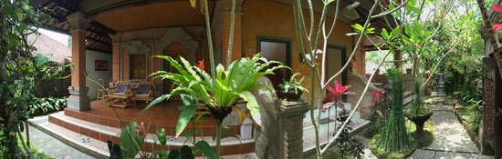 Pondok Permata Homestay: Surrounding area
