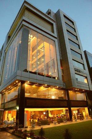 Starlite Business Center  Picture Of Hotel Klg Starlite. Kaze No Terrace Kukuna Hotel. Hotel Ignacio. Atrium Hotel. Hotel-Garni Jakober. Maritim Reichshof Hotel. Escarpment Retreat. The New Kenilworth Hotel-Kolkata. Peppers Manor House
