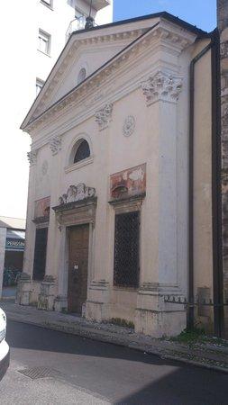 Chiesa San Giovanni Dei Battuti