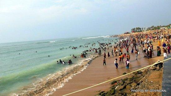 Thiruchendur Murugan Temple: View of the sea