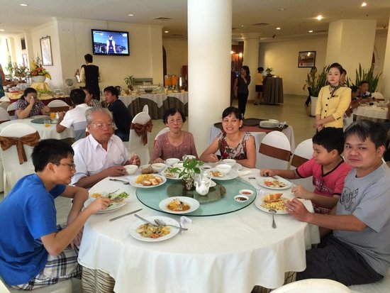 Sammy Hotel Vung Tau : Dinner at Sammy restaurant. Their price was good