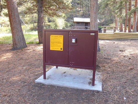 Aspenglen Campground, Rocky Mountain National Park: Food locker
