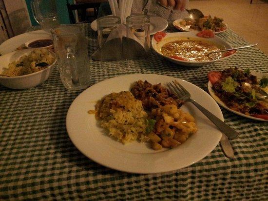 Casa Linda : Home-style food