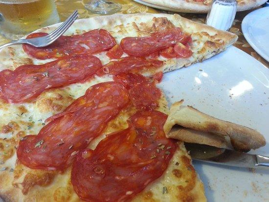 Ristorante Pizzeria A Livella: pizza biscottata...