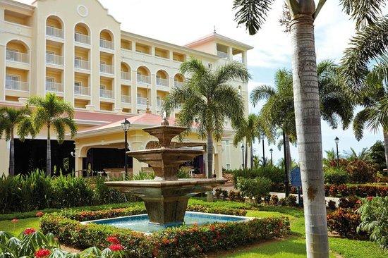 Hotel Riu Guanacaste: Garden