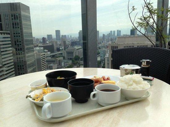 APA Hotel Osaka Higobashi Ekimae : 30階のレストランテラス