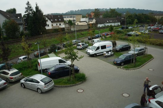 B&B Hotel Koblenz: Free Car Parking Out Front