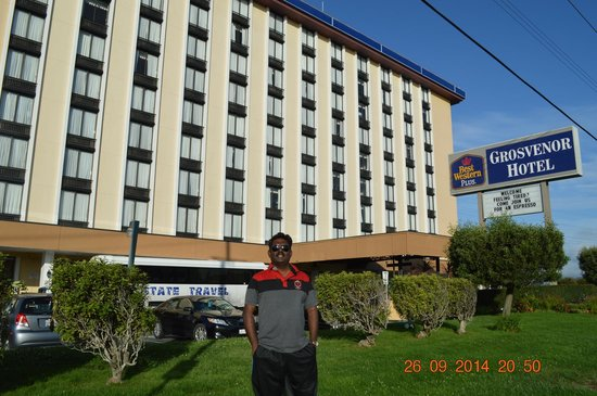 BEST WESTERN PLUS Grosvenor Airport Hotel: front view