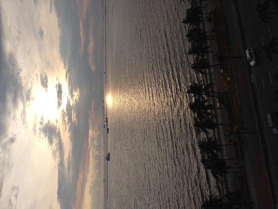 Boulevard Mansion: マニラ湾の眺め