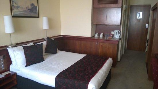 كينجز بيرث هوتل: Superior room two king beds