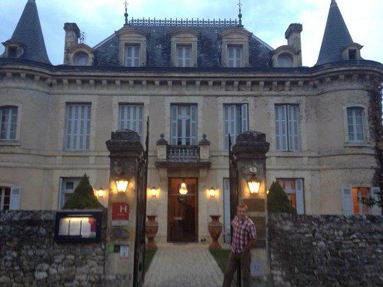 Hotel-Restaurant Edward 1er : Vooraanzicht van Edward le 1er.