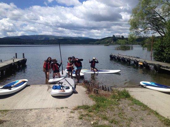 Rotorua Paddle Tours: Family trips.