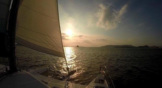 Fukuoka Sunset Sailing