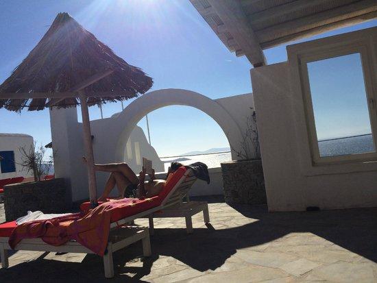 Aegean Hotel : POOLBEREICH  BLICK vom ZIMMER