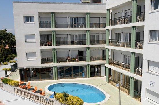 Apartments AR Melrose Place: FACHADA