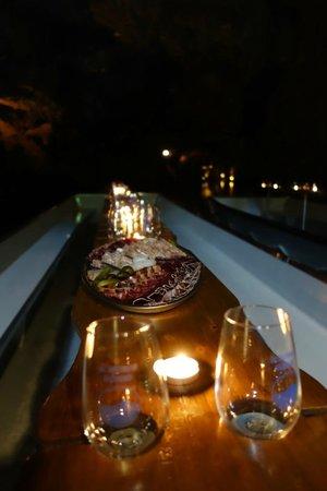 "Lac Souterrain, St-Leonard- Day Tours: ""Aperitif"" on the boat"