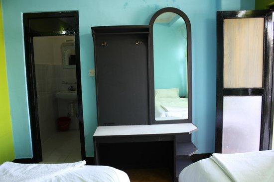 แกรนด์ มิลเลนเนียม เกสท์เฮาส์: Superior Room