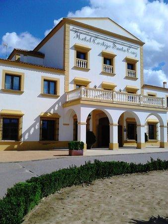 Hotel Cortijo Santa-Cruz: Hotel Cortijo Santa Cruz - Edificio remodelado