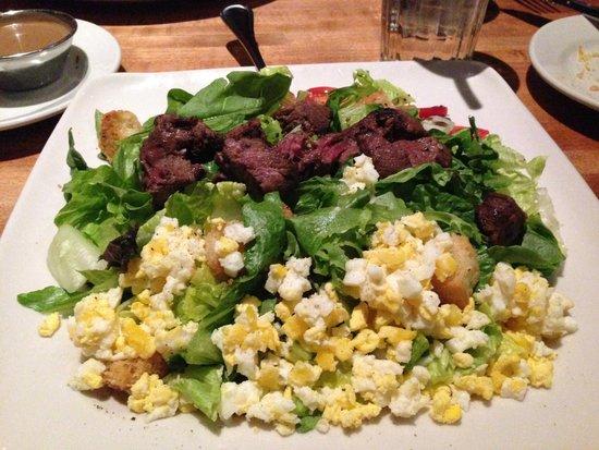 The White Chocolate Grill - Park Meadows : Filet mignon salad