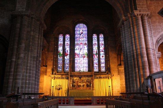 St John the Baptist's Church: The nave