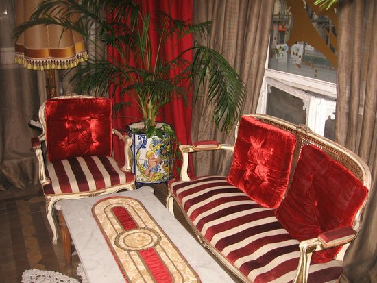 Hostal L' Antic Espai: balcony