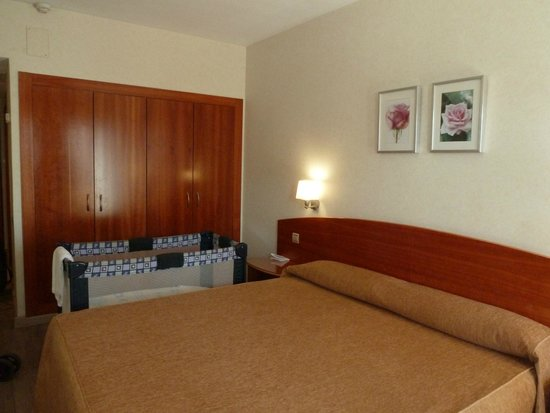 Hotel Castilla Alicante: Camera