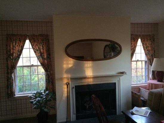 Tollgate Hill Inn and Restaurant : Roomy