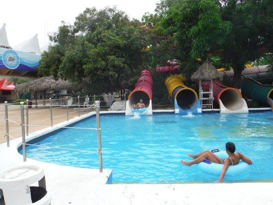 CiCi Acapulco Magico: El Rollo, Acapulco