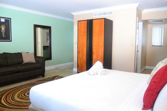 The Victoria Park Hotel : King Suite