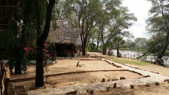 Eco-Lodge Kuwinda Tented Camp: Esterno Tenda