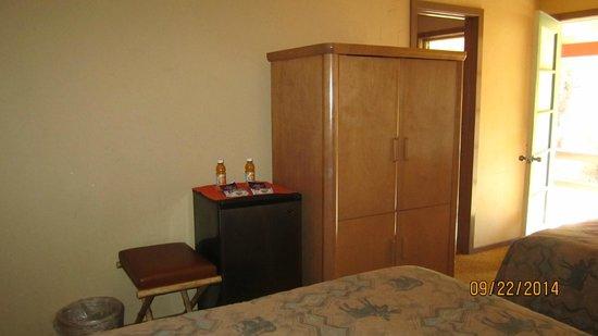 Sierra Sky Ranch: Room