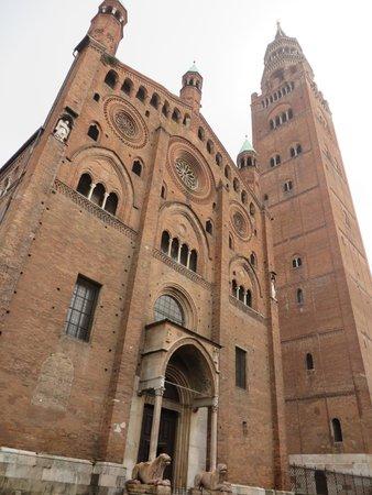 Cattedrale di cremona foto di cattedrale di cremona e for Cose cremona