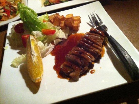 Gecko Cabane Restaurant: Duck breast with orange sauce