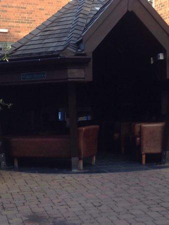 Hotel du Vin & Bistro Newcastle: Cigar hut in outside courtyard