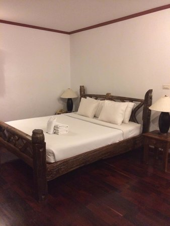 Baan Hin Sai Resort & Spa: The bed
