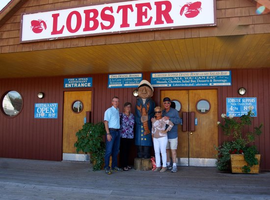 Fisherman's Wharf Lobster Suppers: Fisherman's Wharf PEI lunch