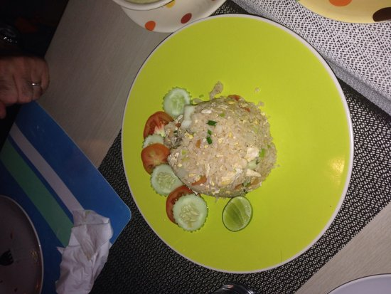 Mango Tree Restaurant: Chicken Fried Rice at THB100, tasty and reasonable price.