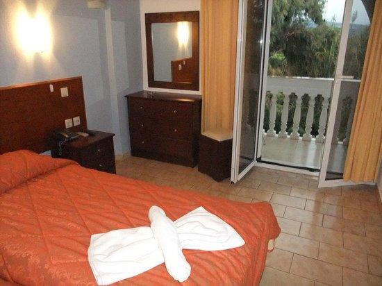 Angela Beach Hotel: our room