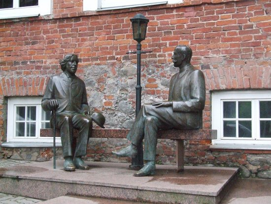 Tartu County, Estonia: Two Wilde.